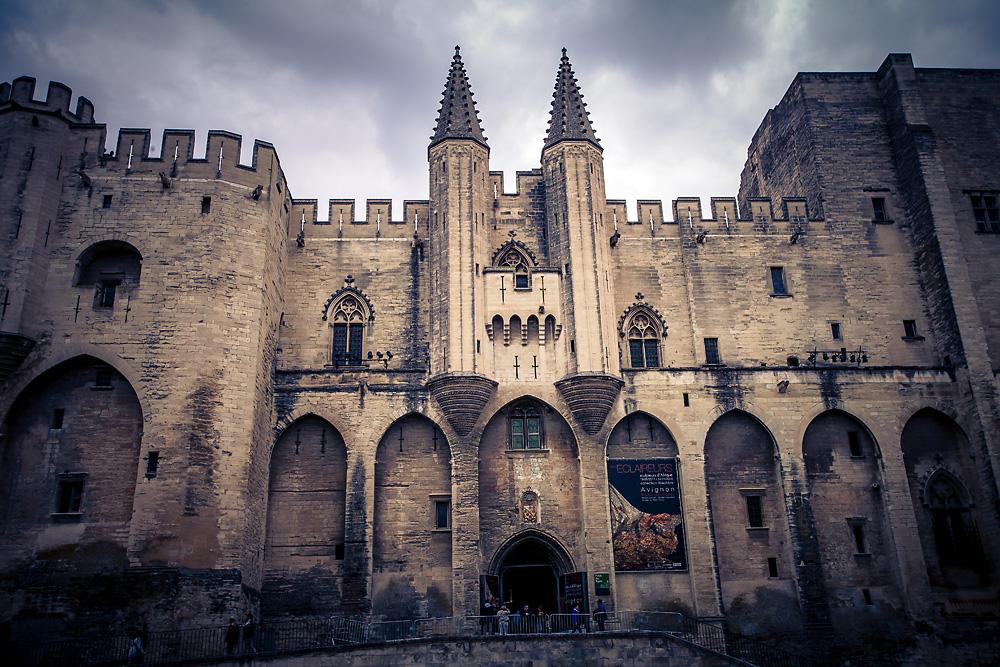 Über den Dächern von Avignon